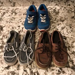 Set of 3 pairs boys shoes. Nike and 2 Sperry